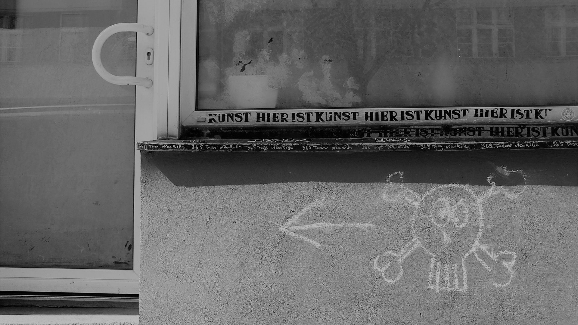 04210 | berliner mauern | berlin, black and white, urban art