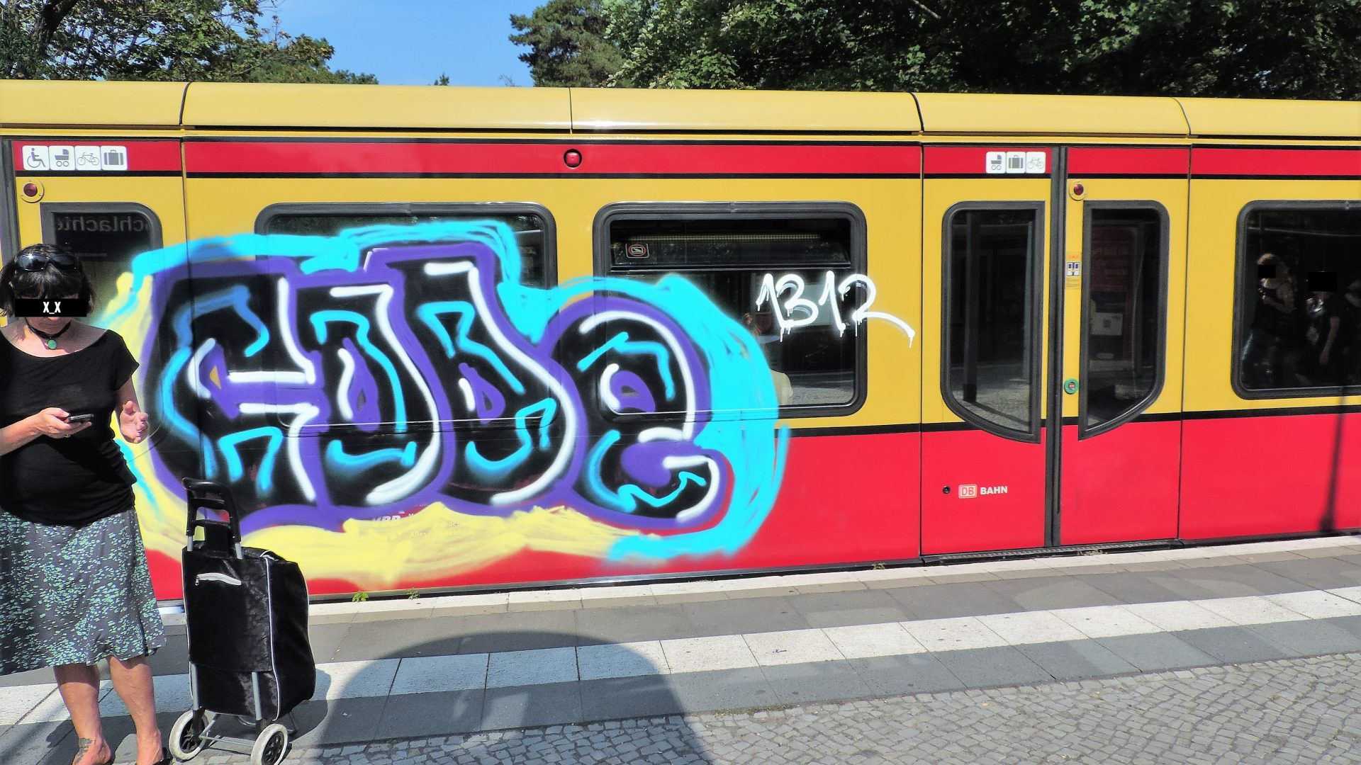 04448 | berliner mauern | berlin, graffiti, trainspotting