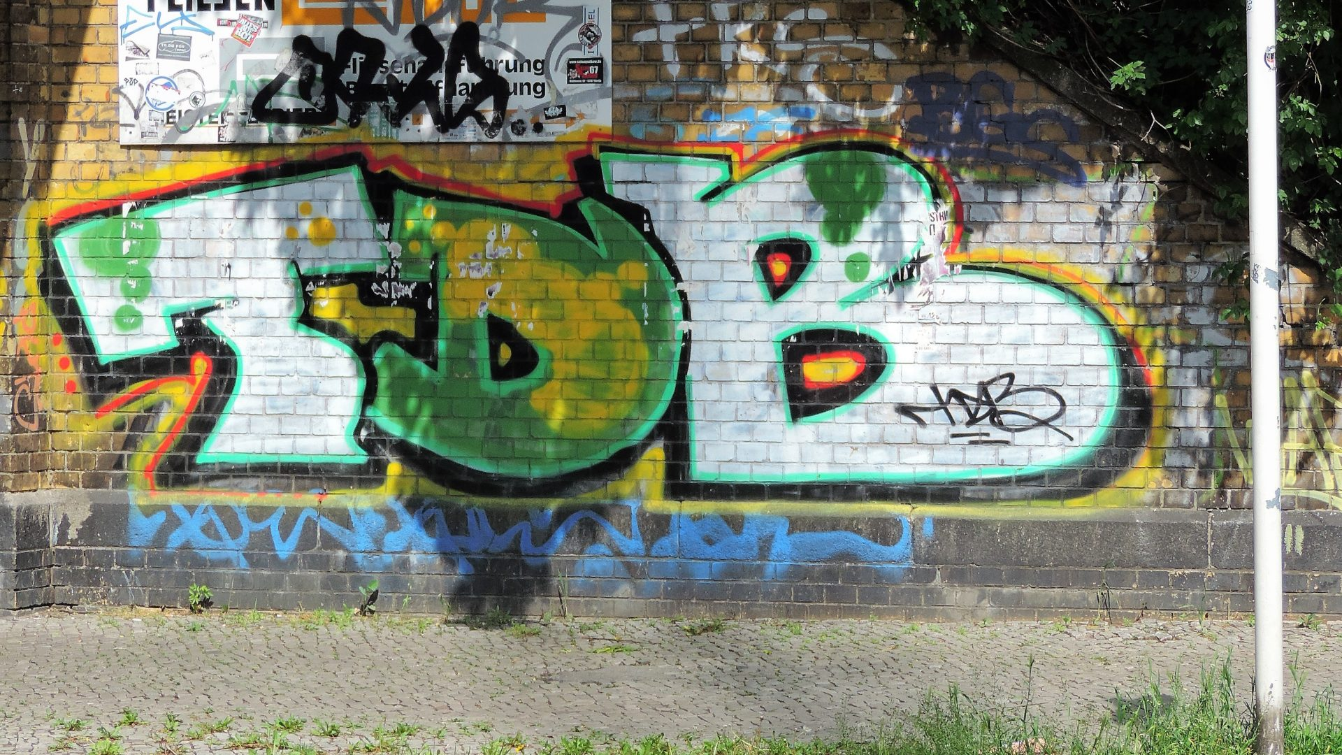 06235 | berliner mauern | berlin, graffiti, tags and throw